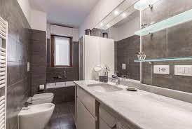 quanto costa arredare un bagno quanto costa ristrutturare il bagno it 1 rifare un 956x640