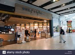 terminal five shopping stock photos u0026 terminal five shopping stock