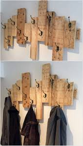 Wood Decor by Best 25 Pallet Decorations Ideas Only On Pinterest Barn Wood