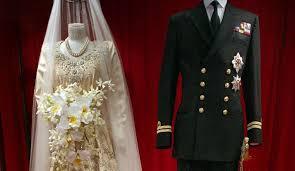 Wedding Gifts Queen Elizabeth How Queen Elizabeth Ii U0027s Beaded Wedding Dress Was Almost Crowdfunded