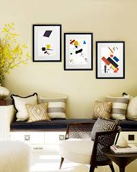 Wall Pictures For Living Room by 23 Frame Decor Examples For Living Room Mostbeautifulthings