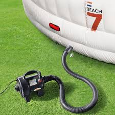 inflatable home theater system entertain guests with the inflatable beach7 airlounge xl