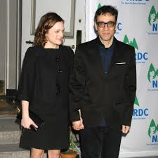 moss and 8 things you never knew about elisabeth moss and fred armisen