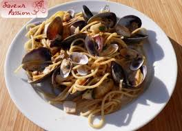 cuisiner des tellines cuisine de vacances spaghetti amandes tellines calamar à l
