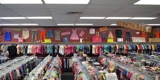 used clothing stores spadoodles clothing exchange gently used brand name fashions