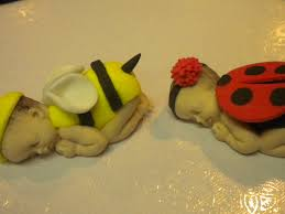 bumble bee cake toppers bumble bee and bug cake topper cakecentral