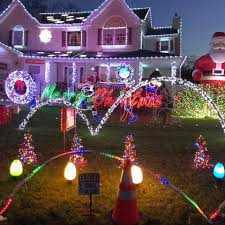 halloween house lights to music elm avenue dancing light show home facebook