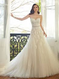 wedding dresses for plus size molly s bridal boutique molly s bridal boutique gives voluptuous
