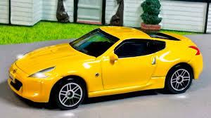 cartoon sports car the yellow race cars u0026 sports car service u0026 emergency vehicles