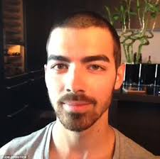 hair cut for women 23 years old joe jonas has second thoughts after swapping his boyish curls for