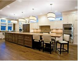 i would love a huge kitchen island like this but with more seating