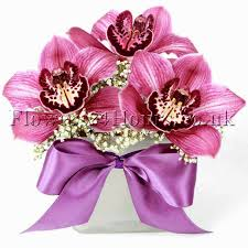 uk flowers delivery company flowers24hours arranges this season u0027s