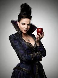 evil queen halloween queen regina is the daughter of cora and henry and half sister of