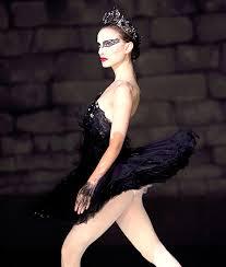 swan dress munn s feather dress looks like natalie portman s in black swan