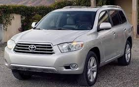 mileage toyota highlander used 2010 toyota highlander mpg gas mileage data edmunds