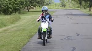si e moto enfant votre enfant veut faire de la mini moto ou du ce qu il faut