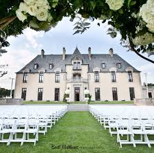 romancing like royalty 10 u s castle wedding venues that rule