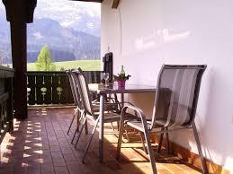 flieder balkon ferienwohnung hirterhüttte fam gsenger dachstein salzburger