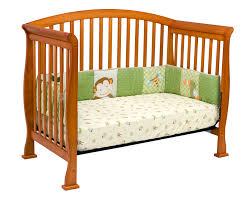 Oak Convertible Crib Davinci Thompson 4 In 1 Convertible Crib In Oak W Toddler Rails