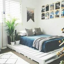 Collection In Easy Bedroom Decorating Ideas  Easy Diy Dorm Room - Homemade bedroom ideas