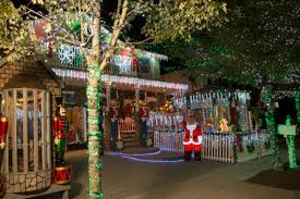 when does the great christmas light fight start great christmas light fight tv show on abc season 5 renewal