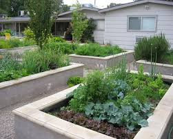 Vegetable Garden Bed Design by 15 Charming Garden Design Ideas With Stone Edges And Raised Beds