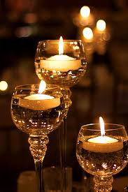 floating candle centerpiece www tablescapesbydesign com https