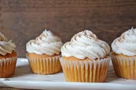 pumpkin spice cupcakes with cream cheese frosting pumpkin cupcakes