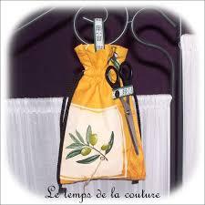 ficelle cuisine cuisine dévidoir sac à ficelle jaune écru vert et noir