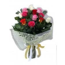 multicolor roses bouquet with 12 multicolor roses online flowershop filo gr