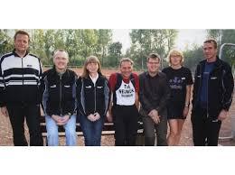 Den Halbmarathon wählten Peter Verfürth (1:42,02), Willi Plückelmann (1:58,56), Renate Klesse (2:07,27) und Roland Pagel ... - 0013150107-0050043207