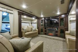 floor plans fifth wheel front living room in a 5th camper bathtub