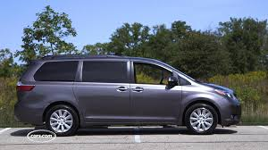 minivans top speed 2017 toyota sienna overview cars com