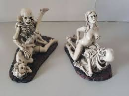 skull figurines ornaments kingsway distributor nz