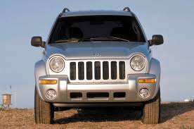 black jeep liberty 2016 chrysler agrees to recall 2 7 million jeep grand cherokee liberty