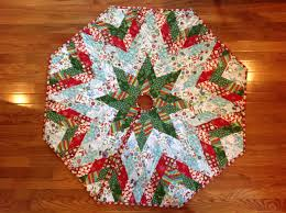 christmas tree skirt made by english paper piecing i used a