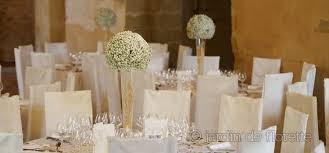 boulette papier mariage centre de table boule de gypsophile sur verrerie conique haute