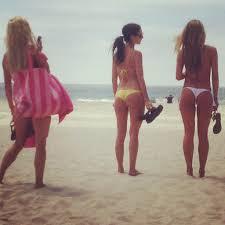 california girls mission beach pacific ocean boardwalk bay san