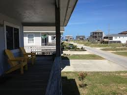 beautifully decorated beach house with all vrbo