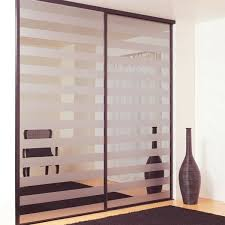 porte de placard chambre porte de placard battant moderne porte de placard coulissante