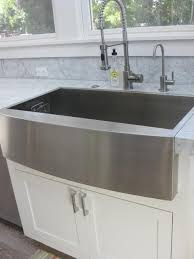 Farm Sink With Backsplash by Best 25 Stainless Steel Apron Sink Ideas On Pinterest Stainless