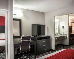 Nashville Comfort Suites Comfort Suites Airport Hotel In Nashville Tn Book Today