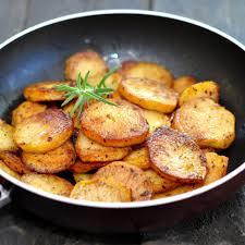 cuisiner les pommes de terre recette pommes de terre sautées au beurre