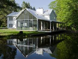 floating farmhouse stunning renovation homeaway eldred