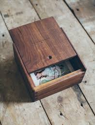 How To Build A Simple Wooden Toy Box by Best 25 Wooden Boxes Ideas On Pinterest Diy Wooden Box