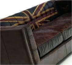 nettoyer canapé cuir noir canape entretien canape cuir coffret nettoyage entretien canape