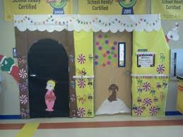whoville decorations whoville door decor xmas ideas