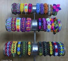 cara membuat gelang jessica mila 10 year old girl isabel haig had ipod stolen and set up loomband