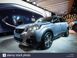 peugeot world new peugeot 5008 suv at world premiere launch at paris motor show