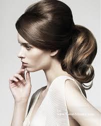 Retro Frisuren Lange Haare by Die Besten 25 Hochzeitsfrisur 60er Ideen Auf 60er